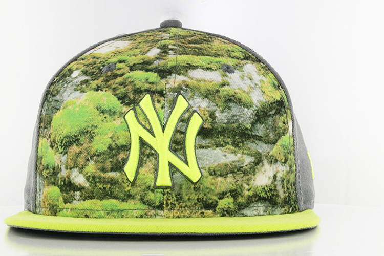 New York Yankees Pattern Front Gold Star