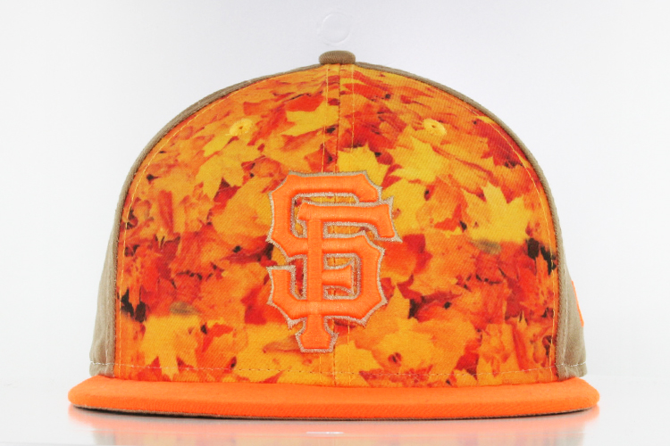 San Francisco Giants Pattern Front Gold Star