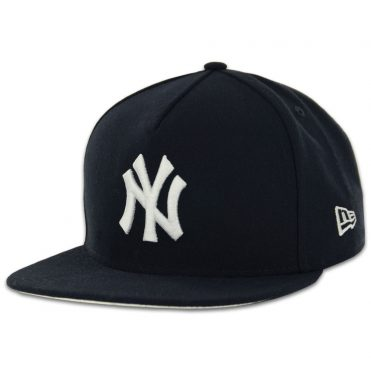 New Era New York Yankees Under Scape Strapback Hat