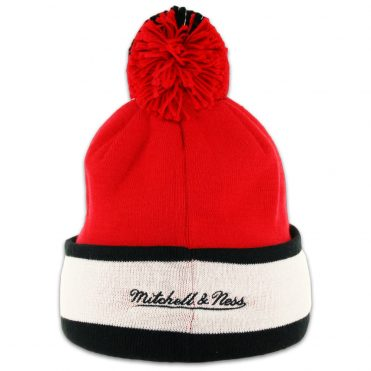 Mitchell & Ness Chicago Bulls Pom Beanie