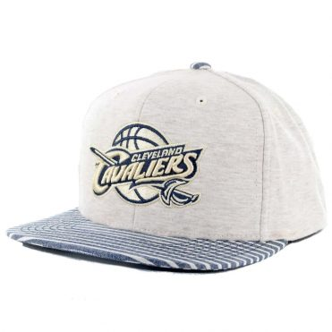 Mitchell & Ness Cleveland Cavaliers Oatmeal Heather Snapback Hat