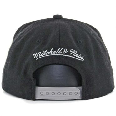 Mitchell & Ness Los Angeles Kings Melton Proper Snapback Hat Black
