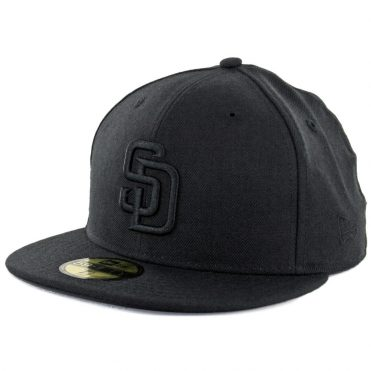 New Era 59Fifty San Diego Padres Fitted Hat Blackout