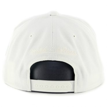 Mitchell & Ness Golden State Warriors Solid Crown Space Snapback Hat Off White