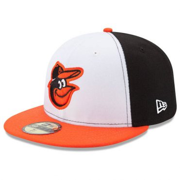 New Era 59Fifty Baltimore Orioles 2017 Home Youth Authentic On Field Fitted Hat