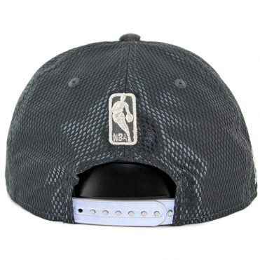 New Era 9Fifty Chicago Bulls On Court Official 2017 Snapback Hat Graphite