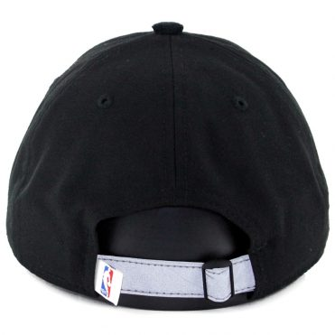 New Era 9Twenty Portland Trail Blazers On Court Official 2017 Strapback Hat Black