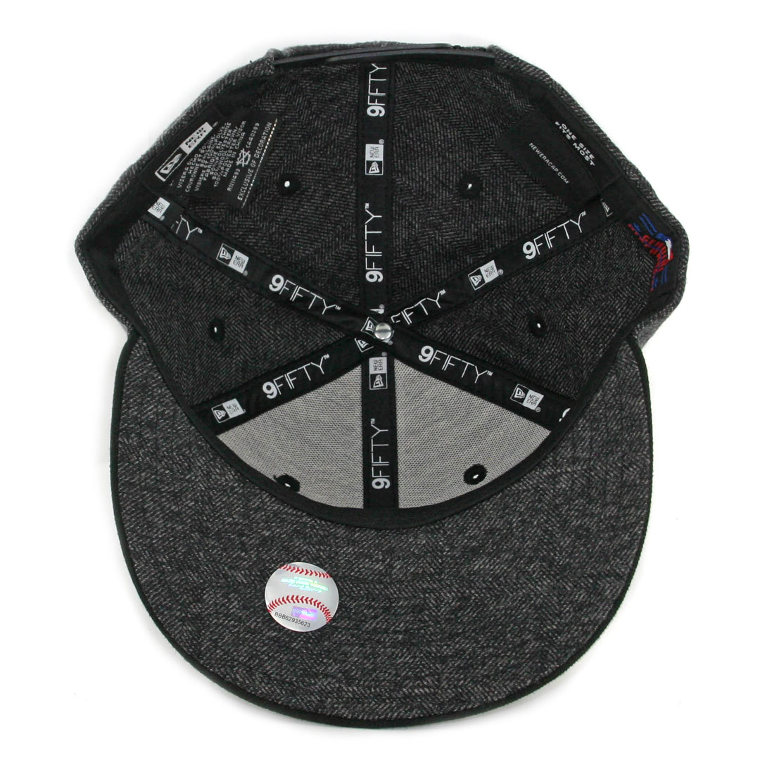 New Era 9Fifty Chicago White Sox Tweed Turn Snapback Hat Heather Graphite  Black 317d1beb52a5