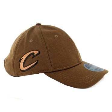 New Era 9Twenty Cleveland Cavaliers Suiting Strapback Hat Brown