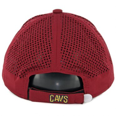 New Era 9Forty Cleveland Cavaliers Performance Pivot Two Strapback Hat Burgundy