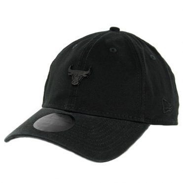 New Era 9Twenty Chicago Bulls Micro Matte Strapback Hat Black