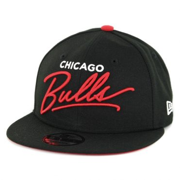New Era 9Fifty Chicago Bulls Scripted Turn Snapback Hat Black