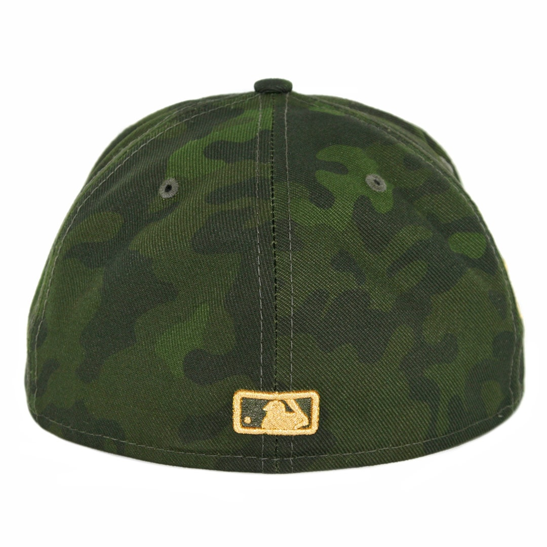 f05f14b60e71f New Era 59Fifty San Diego Padres Armed Forces Day 2019 Fitted Hat Camo. 🔍.   39.99