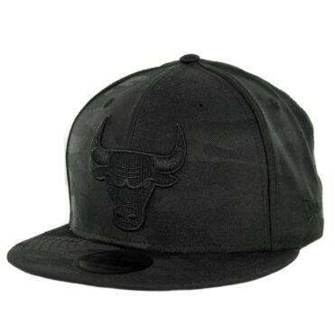 New Era 9Fifty Chicago Bulls Blackout Camo Play Snapback Hat Black