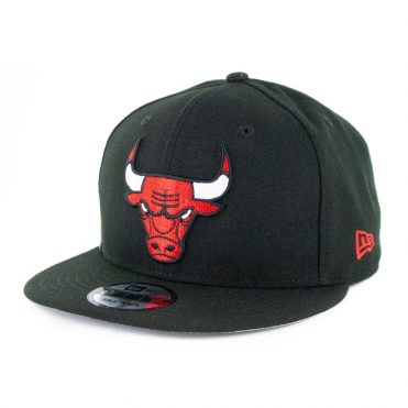 New Era 9Fifty Clear Feature Chicago Bulls Snapback Hat Black